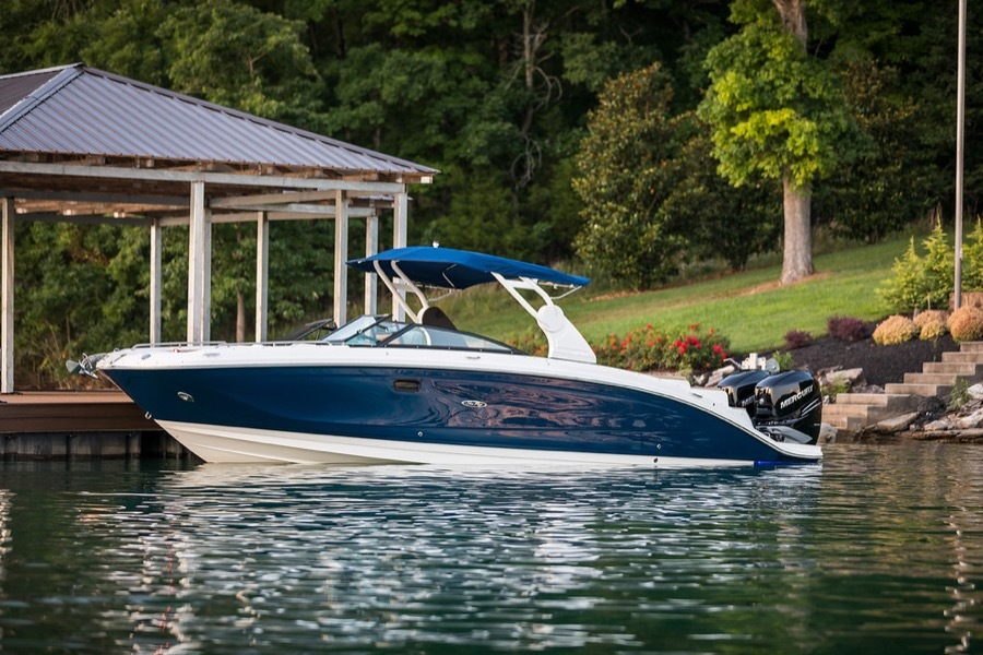 Sea Ray SDX 290 Outboard | SDX 290 Outboard | Deck Boating