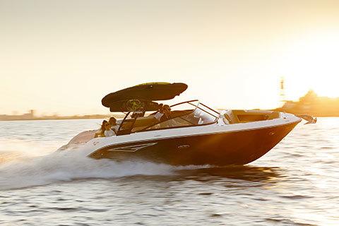Sea Ray SLX 250 Luxury Bowrider: 25' & 380HP   Sea Ray Boats