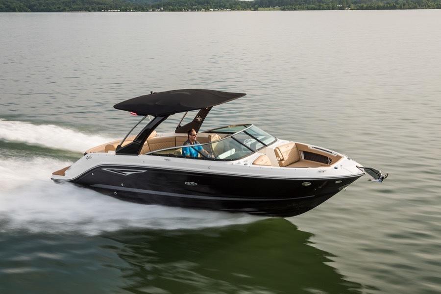 Sea Ray SLX 280 Luxury Bowrider For Sale   Luxury Boating